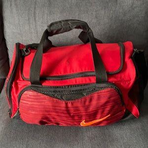 NIKE medium men's sport bag